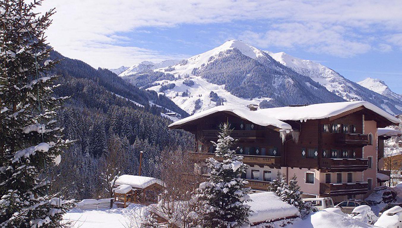 Pension Saalbach - Aparthotel Altachhof