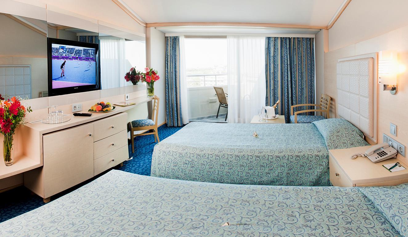 hotel-von-resort-golden-coast