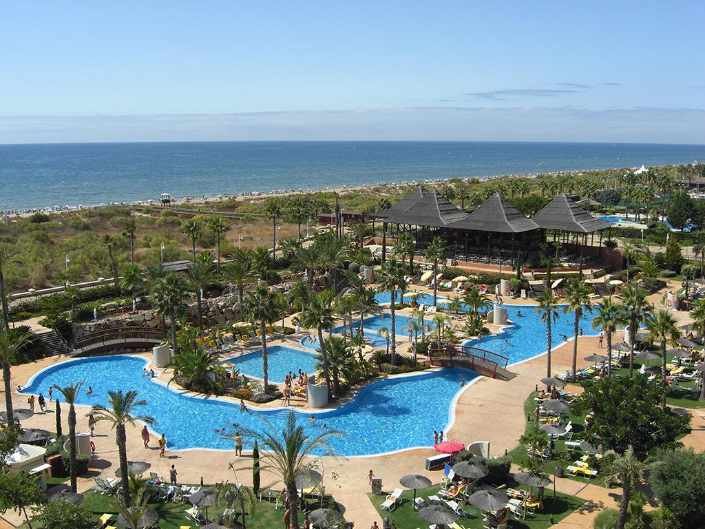 Grand Hotel Puerto Antilla - inclusief huurauto