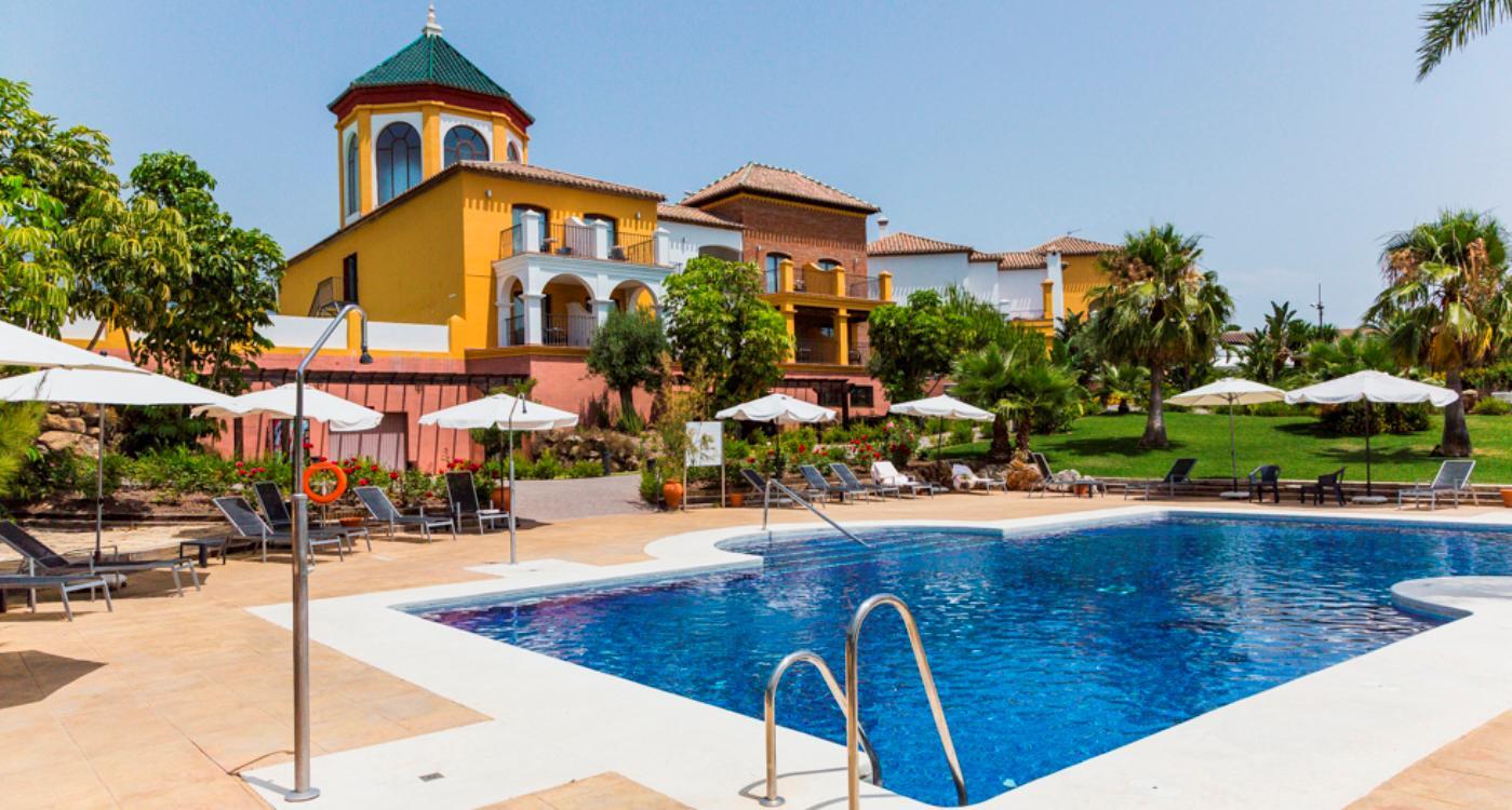 Hotel B BOU La Vinuela & SPA - inclusief huurauto