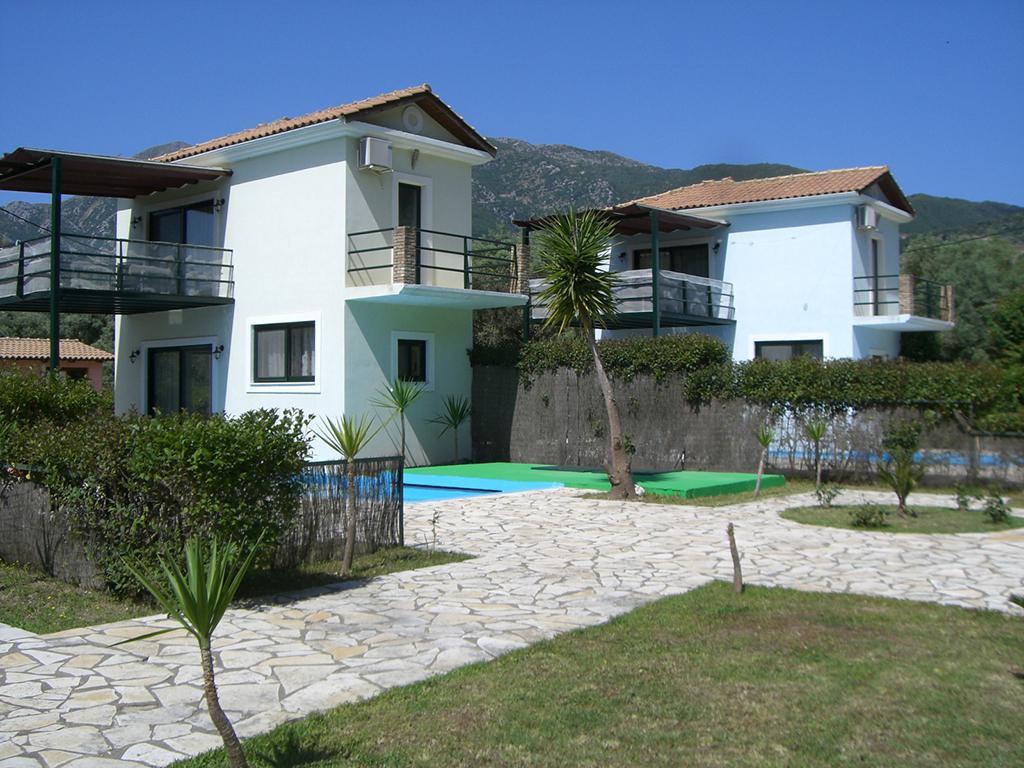 Villa's Ionian Rose met privézwembad