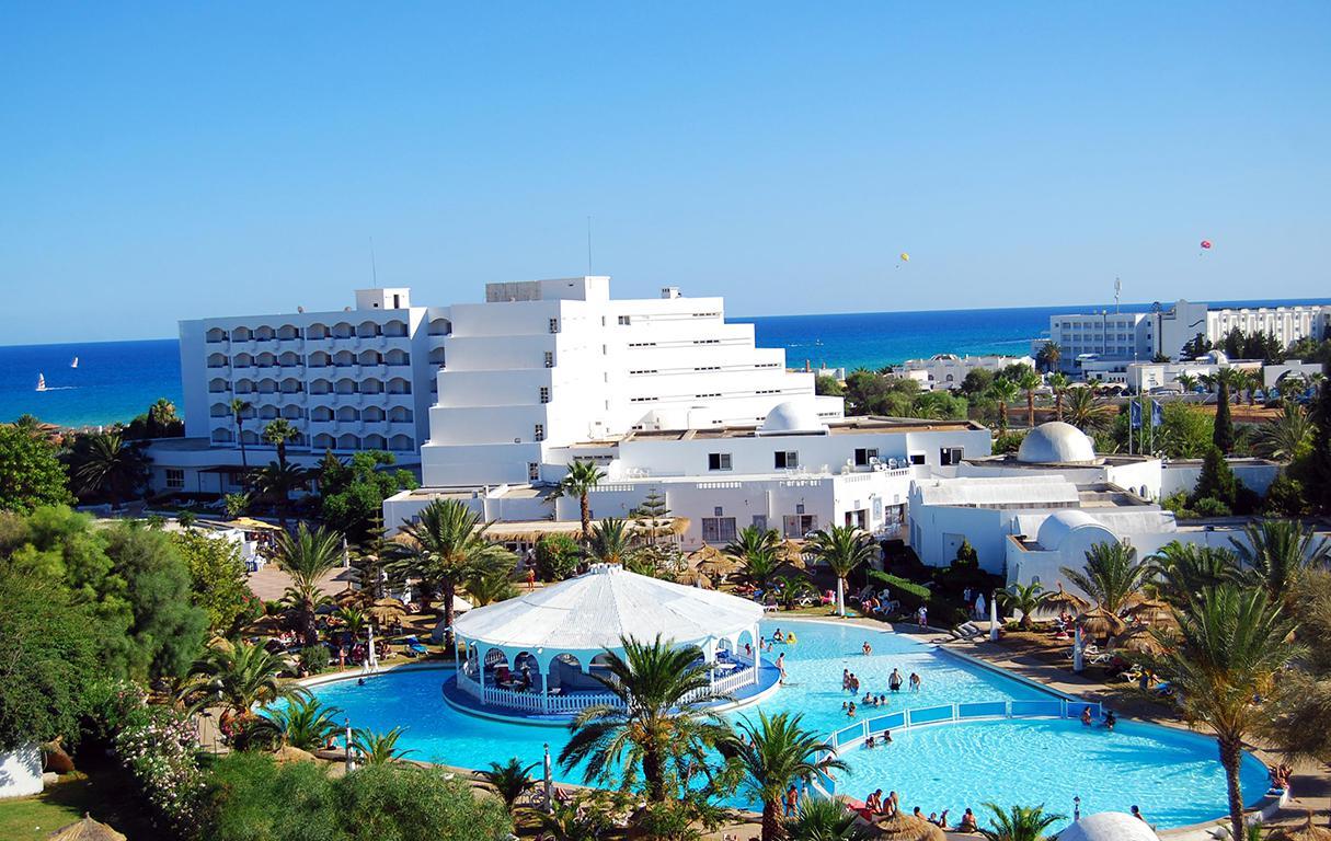 Meer info over Hotel Club President  bij Sunweb zomer