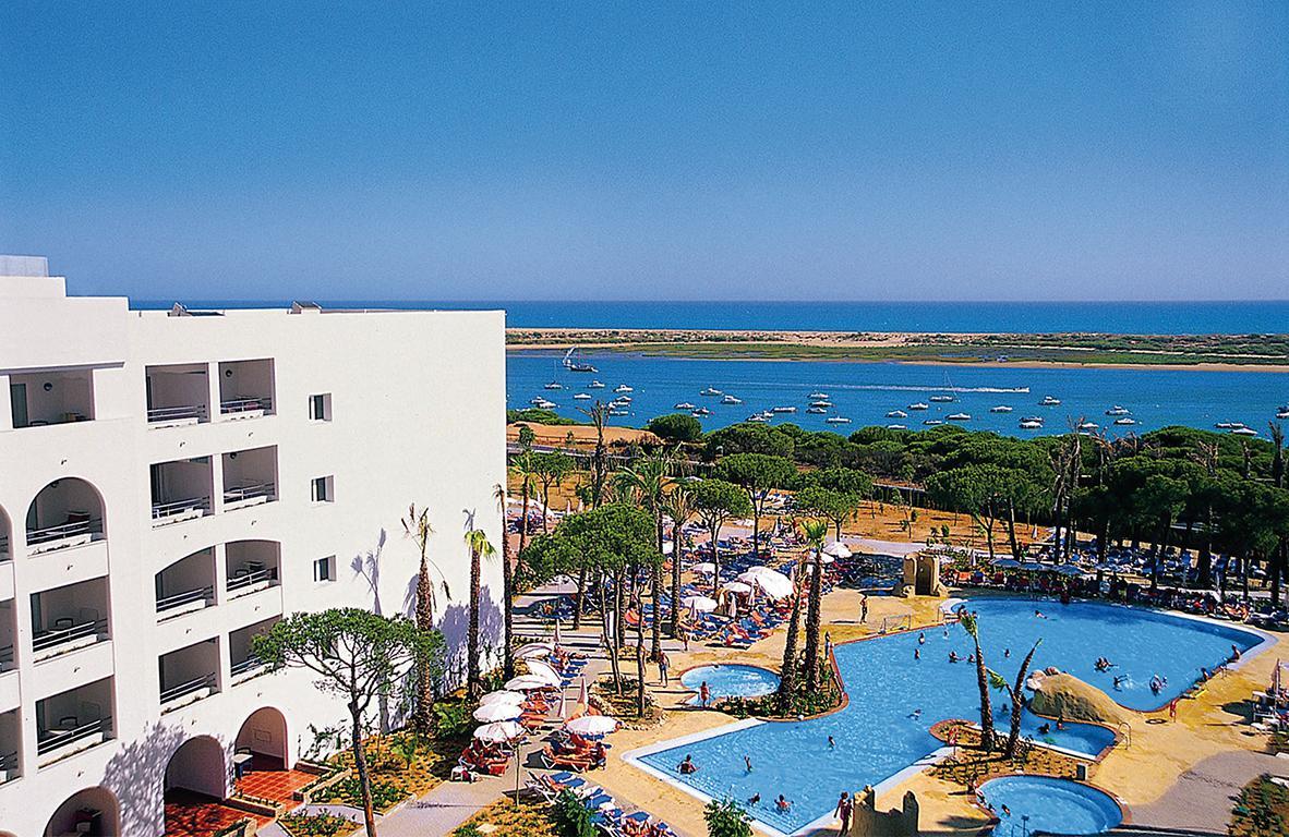Playacartaya Aquapark & Spa Hotel - inclusief huurauto