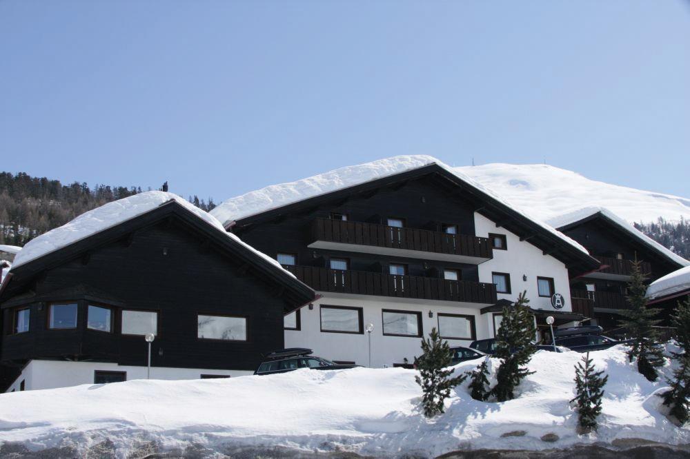 Alexander Charme Hotel