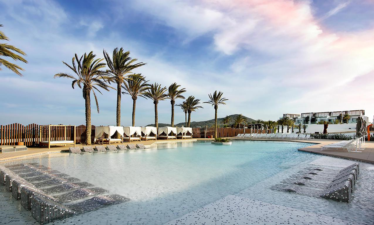 Meer info over Hotel Hard Rock Ibiza  bij Sunweb zomer