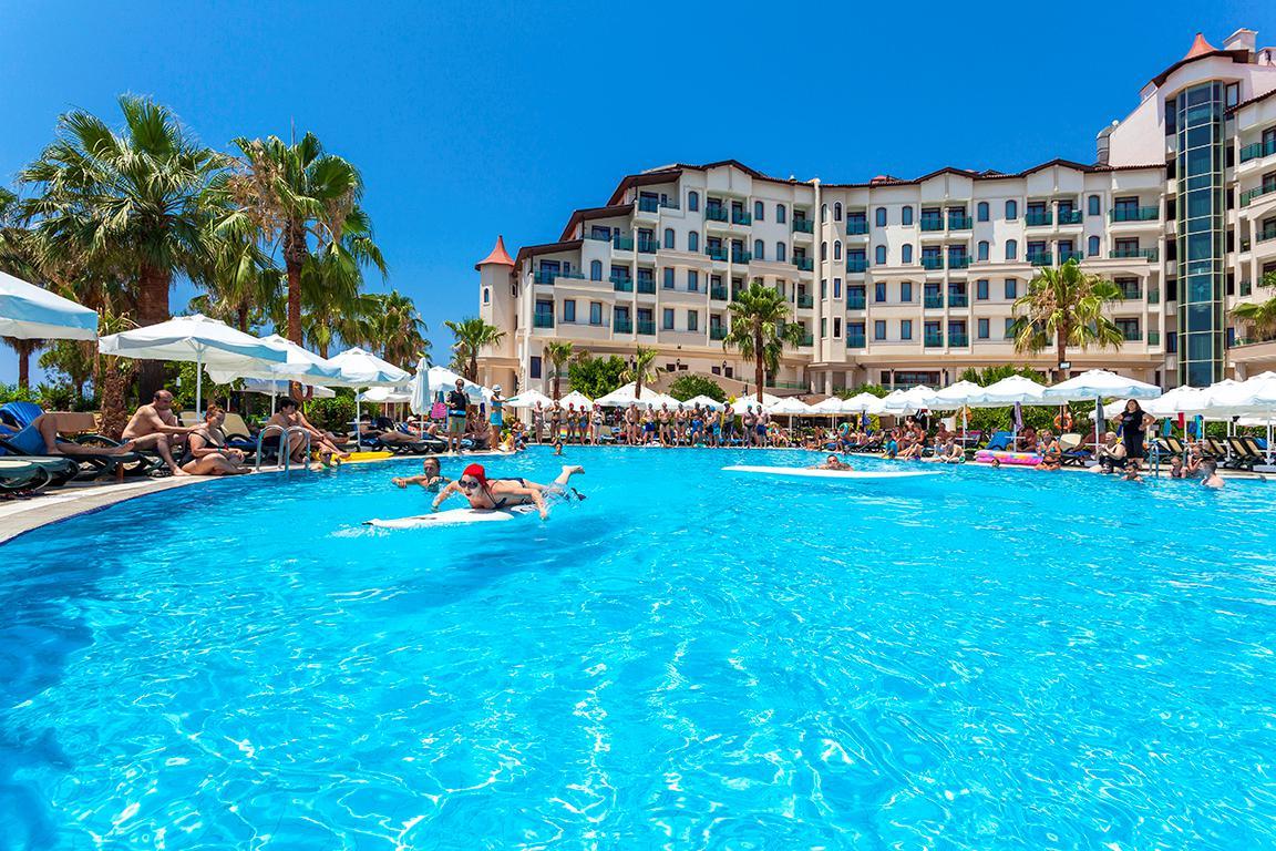 hotel-bella-resort-spa