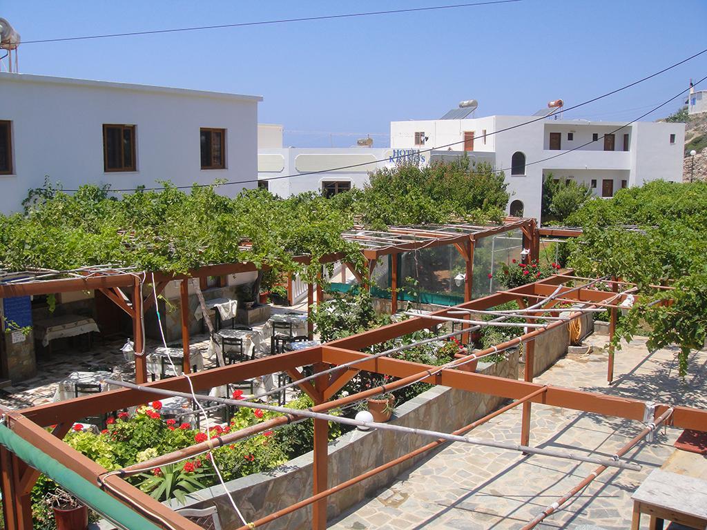 Hotel Krinos (logies en ontbijt) - inclusief huurauto