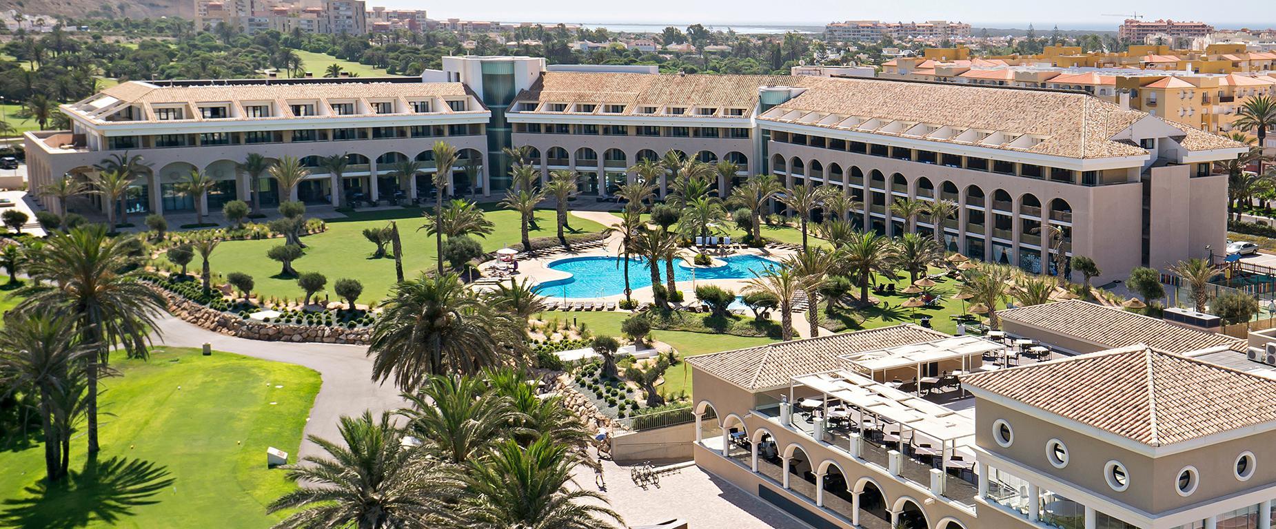 Meer info over Hotel AR Golf Almerimar  bij Sunweb zomer