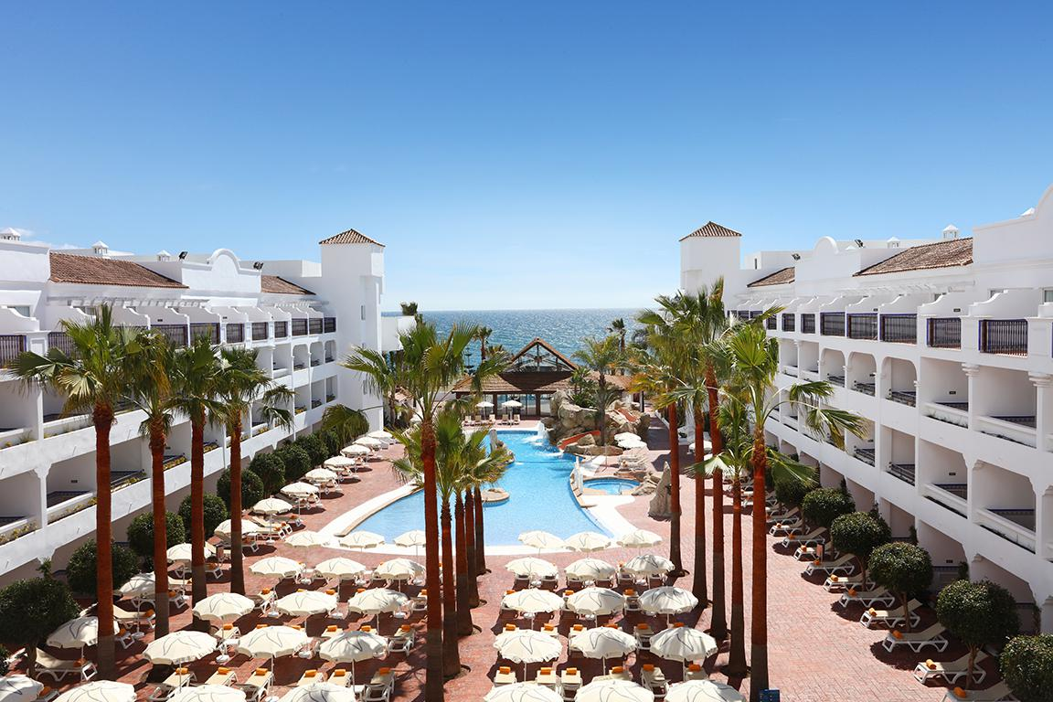 Fly-Drive Hotel Iberostar Costa del Sol - inclusief huurauto in Estepona (Andalusië, Spanje)