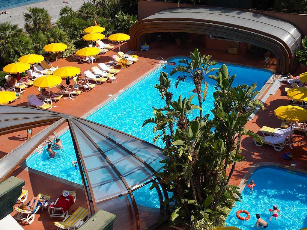 Hotel Caparena - logies en ontbijt