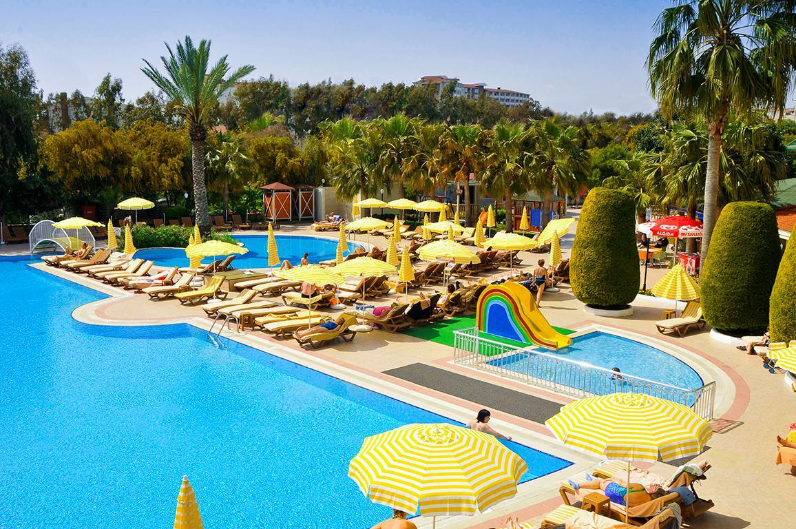Meer info over Hotel Febeach Side  bij Sunweb zomer