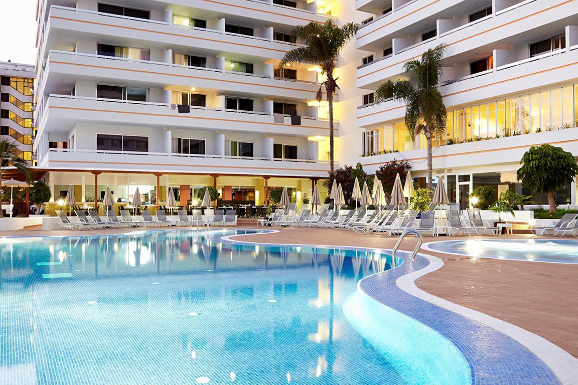 Aparthotel Coral Suites & Spa