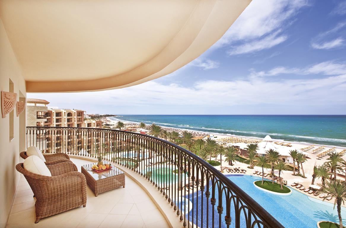 Hotel Mövenpick Resort & Marine Spa reviews