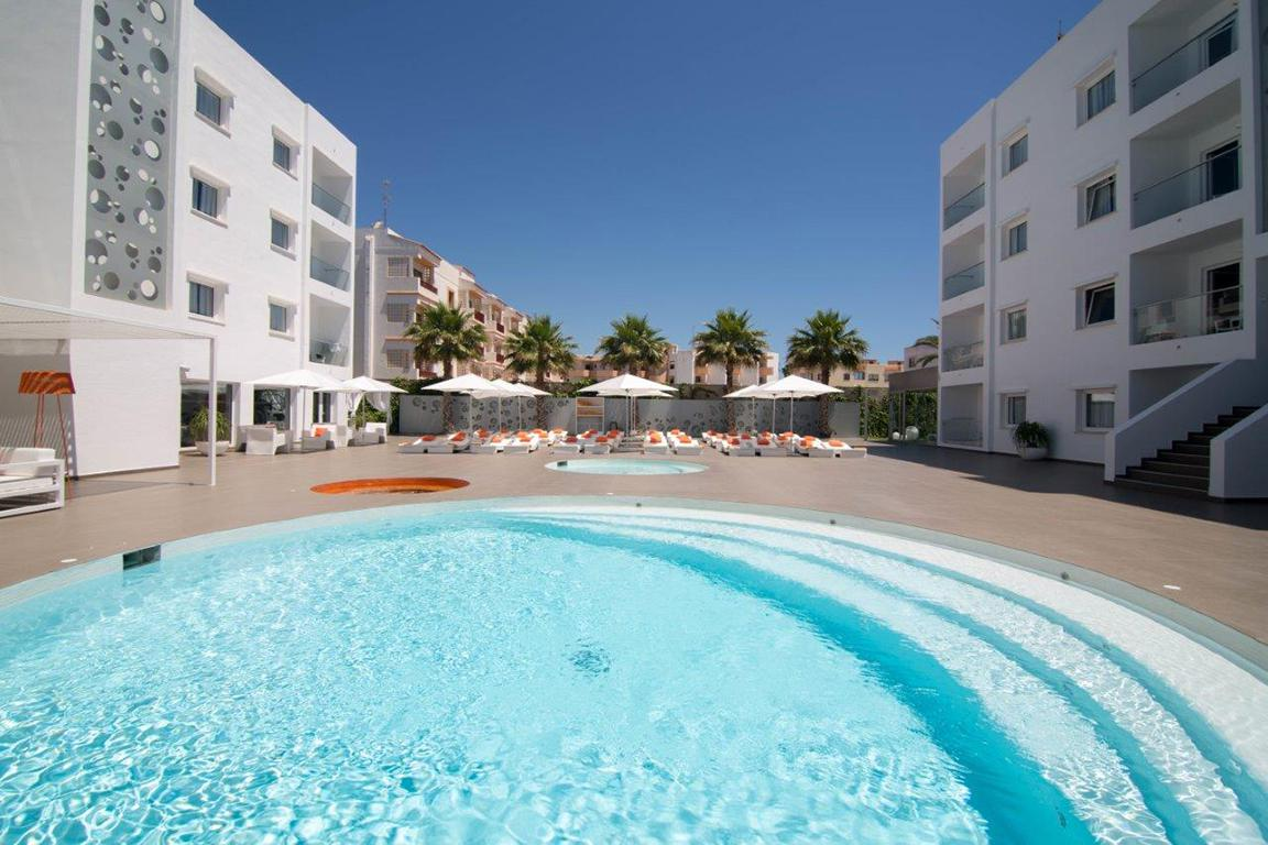 Vakantie Appartementen Ibiza Sun in Playa d'en Bossa (Ibiza, Spanje)