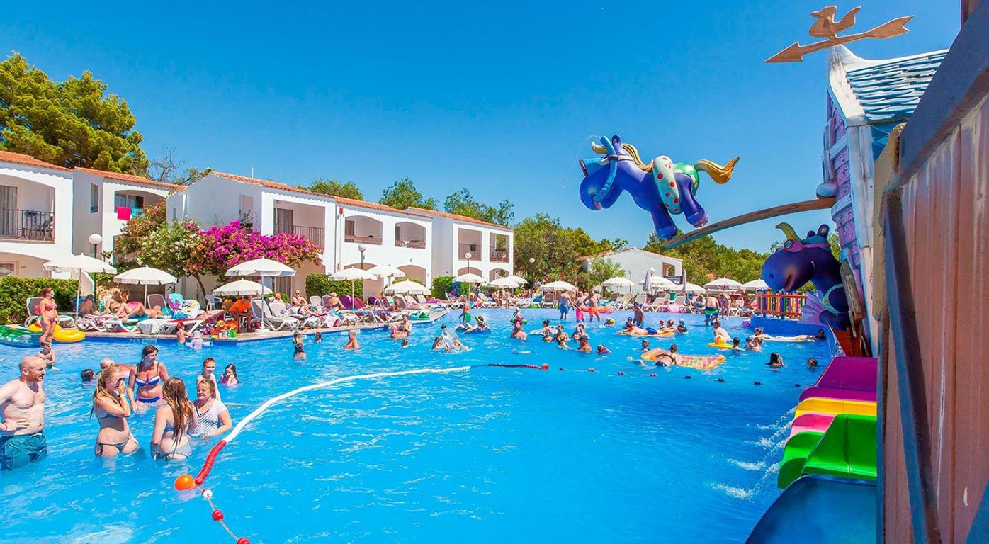 Hotel Fergus Club Europe