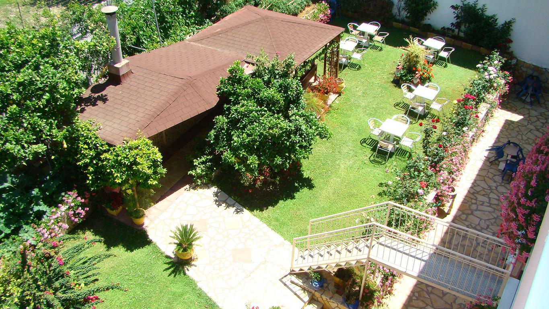 App. Korali House - inclusief huurauto