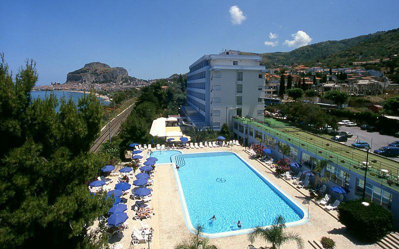 Strandvakantie Hotel Santa Lucia Le Sabbie D'oro in Cefalù (Sicilië, Italië)