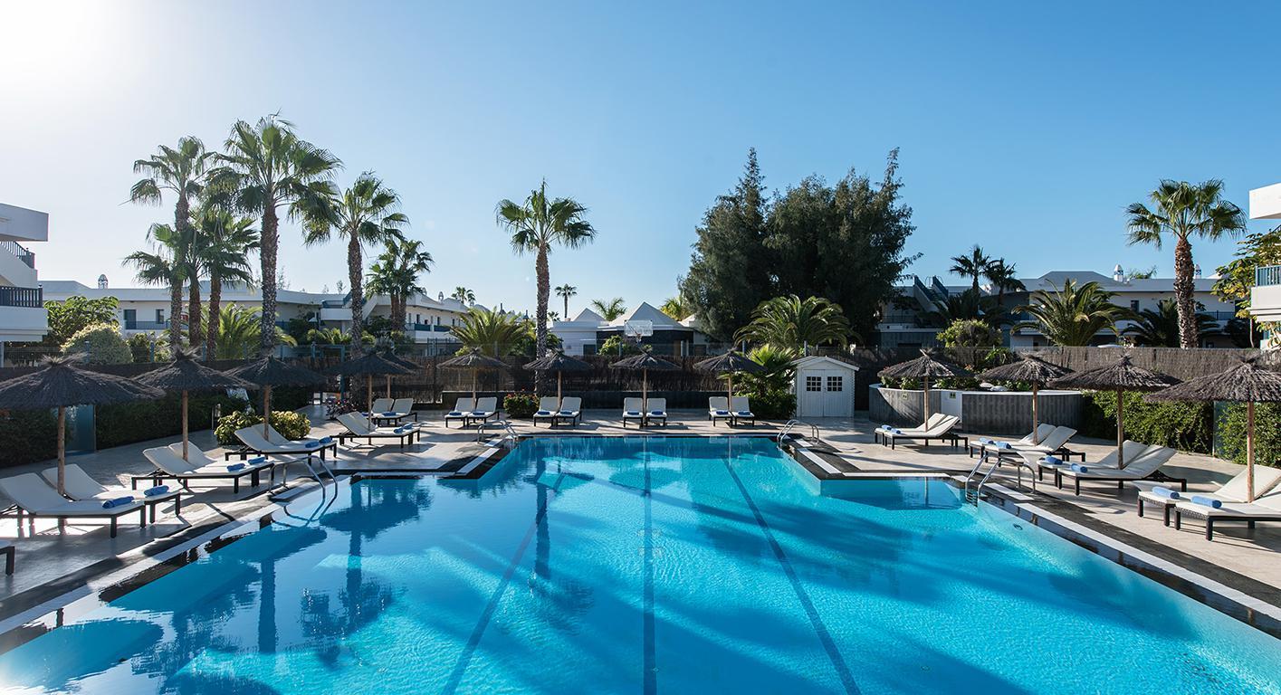 Meer info over Aparthotel THB Tropical Island Resort  bij Sunweb zomer