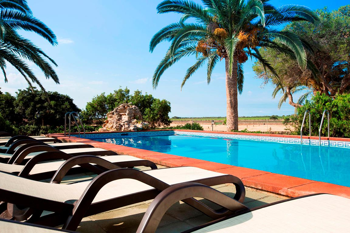 Fly-Drive Sa Bassa Plana - inclusief huurauto in Llucmajor (Mallorca, Spanje)