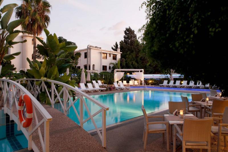 Anemi Hotel & Suites - Paphos