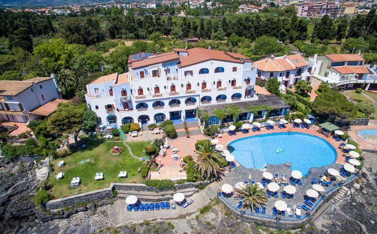 Vakantie Hotel Arathena Rocks in Giardini - Naxos (Sicilië, Italië)