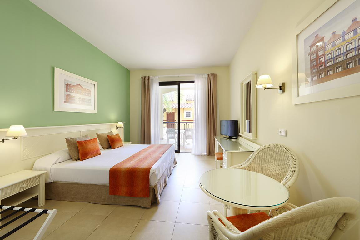 Hotel Bahia Principe Sunlight Tenerife reviews