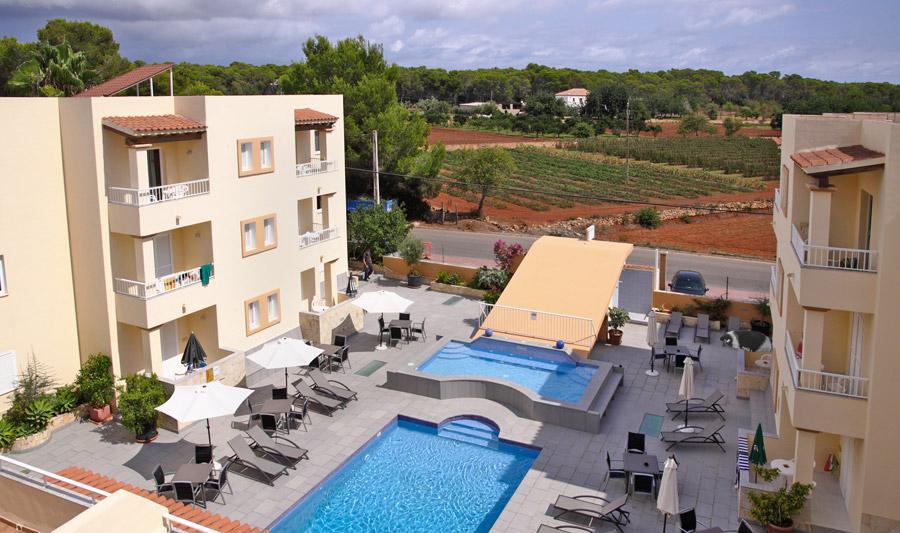 Vakantie Appartementen Los Arcos in Santa Eulalia (Ibiza, Spanje)