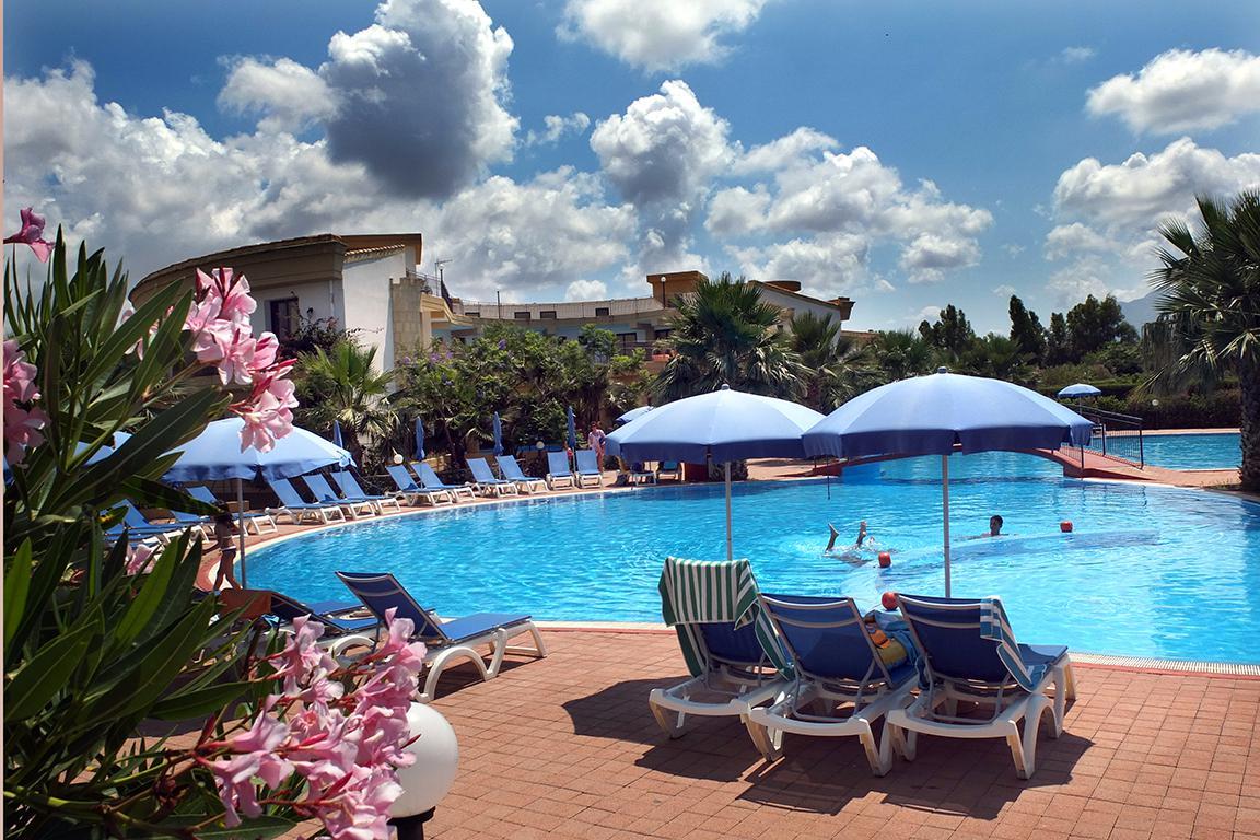 Strandvakantie Appartementen Dolcestate in Campofelice di Roccella (Sicilië, Italië)