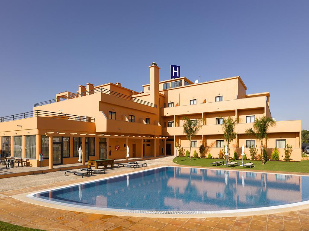 Meer info over Hotel Praia Sol  bij Sunweb zomer