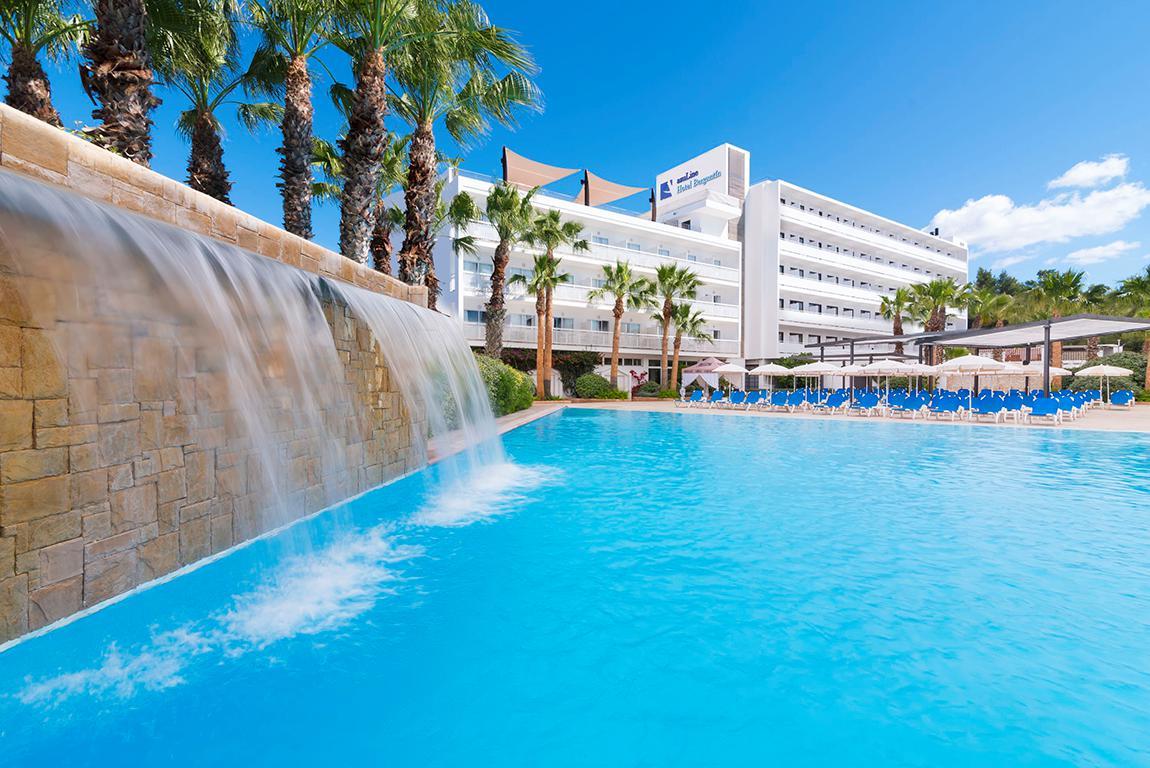 Meer info over Hotel Azuline Bergantin  bij Sunweb zomer