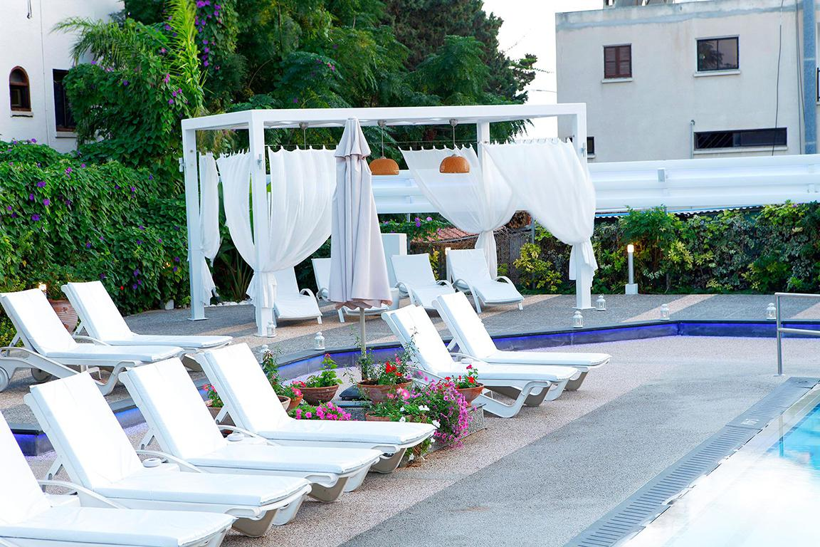 Anemi Hotel Suites