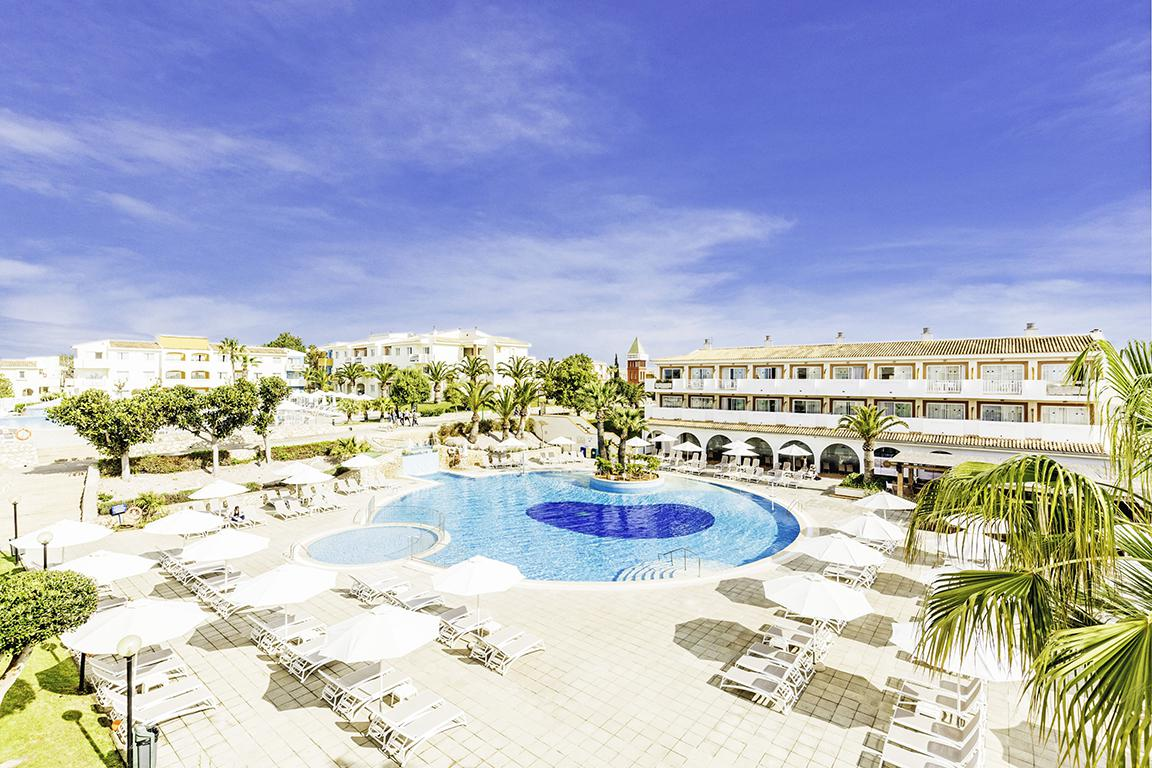 Online bestellen: Hotel Blau Punta Reina Family Resort