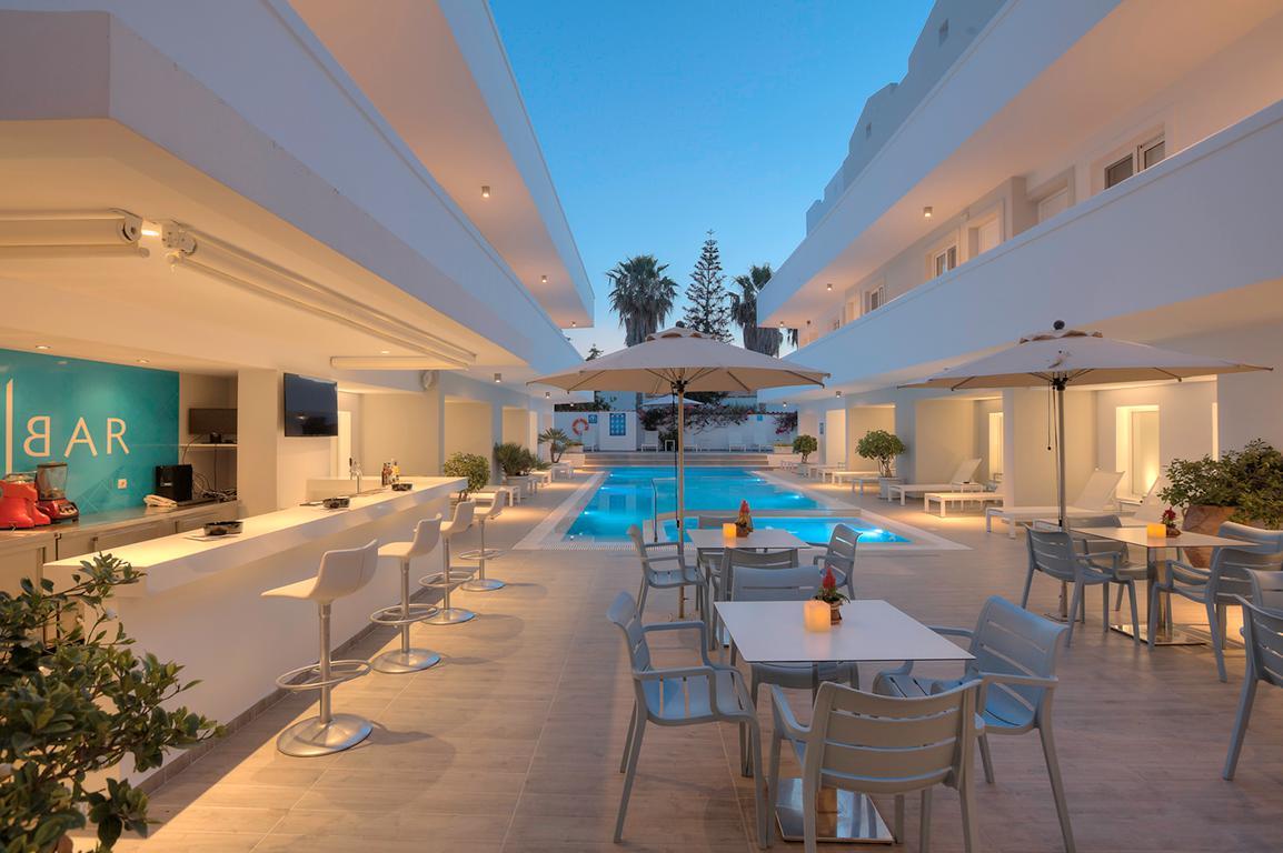 Hotel More Meni Residence