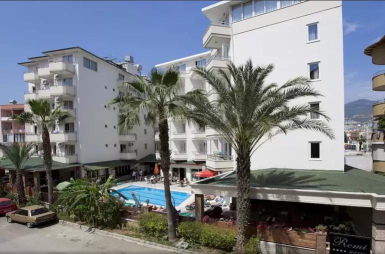 Online bestellen: Hotel Remi