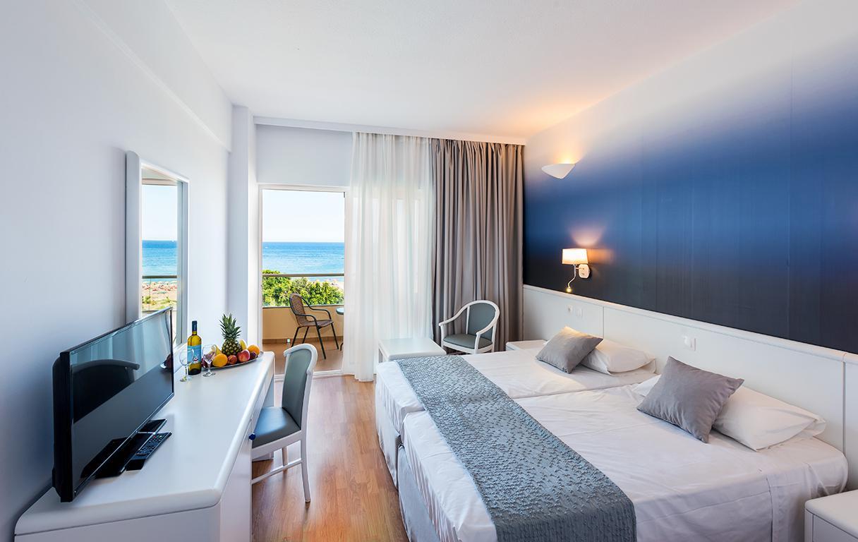 Hotel Blue Sea Beach reviews