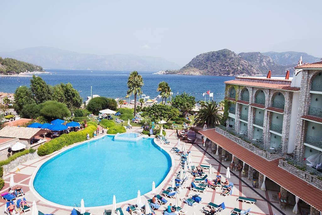 Online bestellen: Hotel Marti La Perla